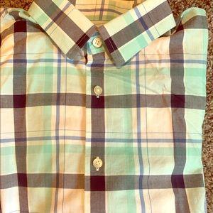 Men's Lg button up casual shirt.